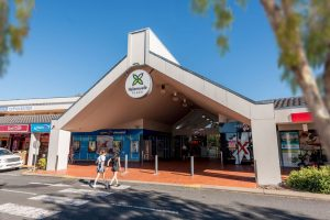 helensvale-plaza-entry-1-0519